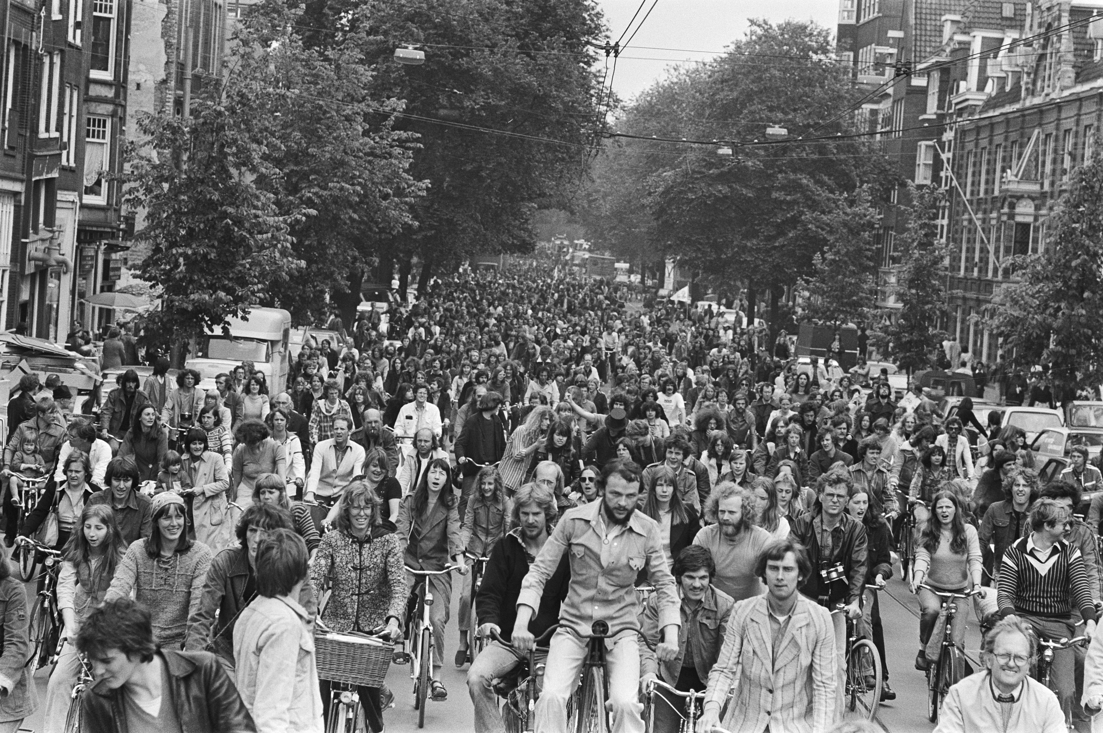 4. fietsdemonstratie 1977 rozengracht Rob Bogaerts